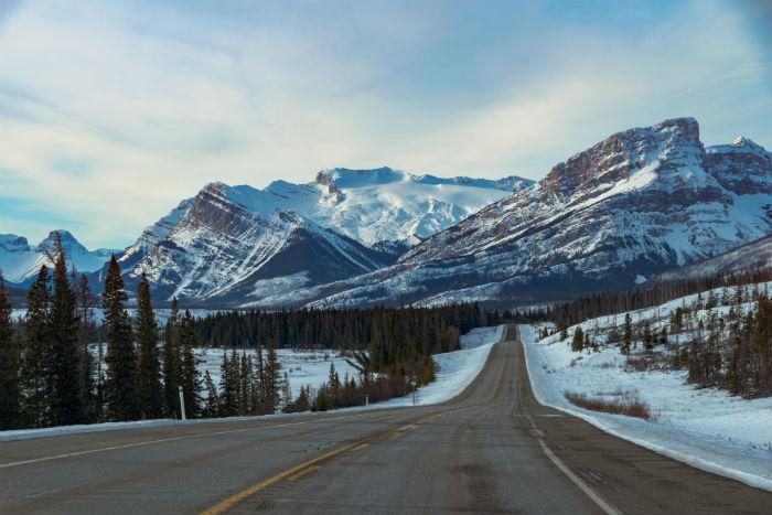 icefields-parkway-alberta