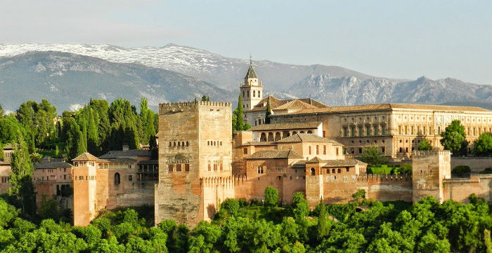 alhambra-spain-road-trip