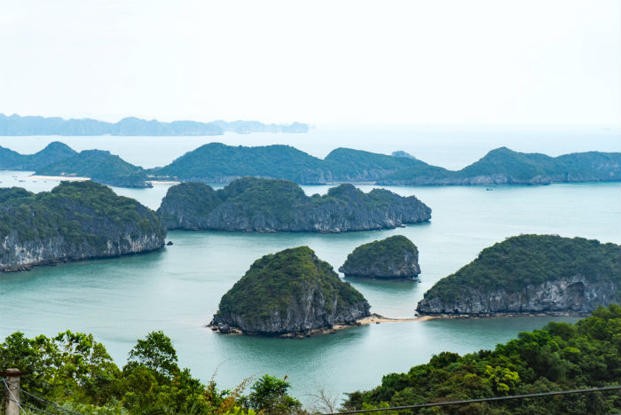 Vietnam-itinerary-3-weeks-cat-ba-halong-bay