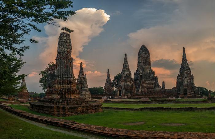Wat-Chaiwatthanaram-thailan-itinerary-10-days