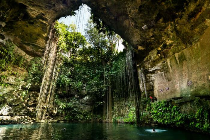 cenote-mexico-valladolid