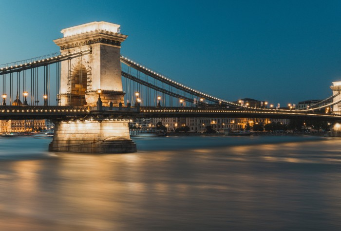 chains-bridge-budapest-2-days-in-budapest