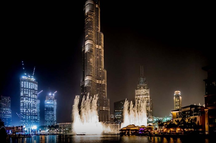 Dubai-fountain-show-things-to-do-in-dubai