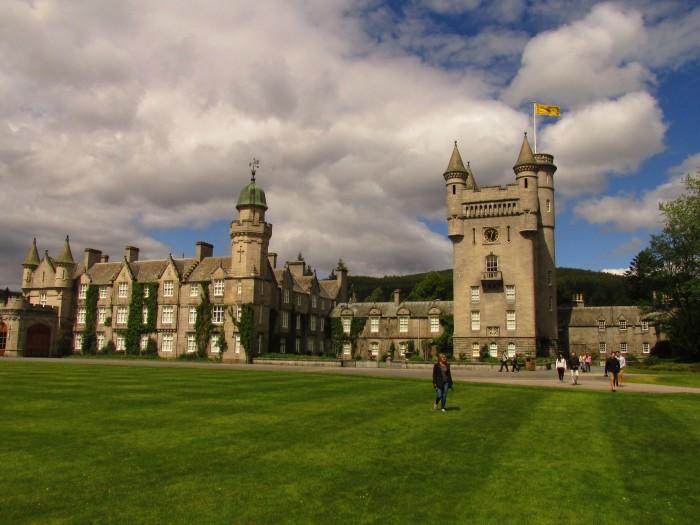 balmoral-castle-10-days-scotland-itinerary