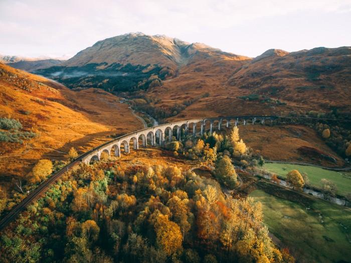 glenfinnan-viaduct-10-days-scotland-itinerary